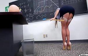 Teacher Christiana Cinn anal reamed by student via class