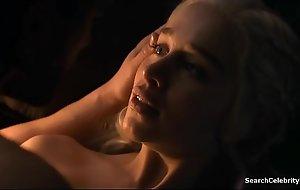 Emilia Clarke - Beguilement Of Thrones - S07E07