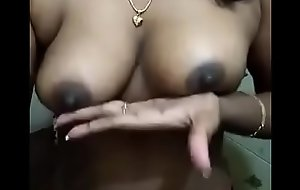 Desi aunty big black juciy teat and boob