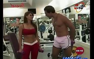 MariTere AlessandriTetotas en Lycras Rojas