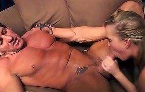 Sasha Knox and rough muscleman Lee Stone - Very fast fucking