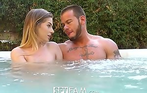 SpyFam Step brother and act breast-feed Sydney Cole fucking relative to dramatize expunge jacuzzi
