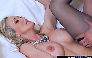 Scalding Milf (brandi love) Like Intercorse On Huge Cock porn movie 11