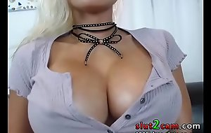 Monster Boobs Asian Infant Thai - WWW.SLUT2CAM.COM