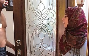 Arab Hijab Teen Fucks Big Glowering Weasel words