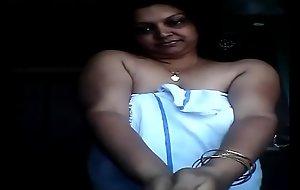 my aunty bathing