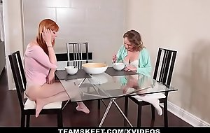Dyked - Piping hot Stepmom seduces juvenile Daughter