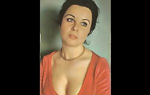 Turkish Celebrity - Fatma Girik