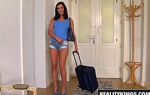 RealityKings - Mikes Apartment - Cum Inside