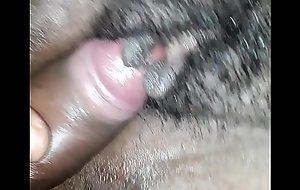 Enfuli playin with long clit drn