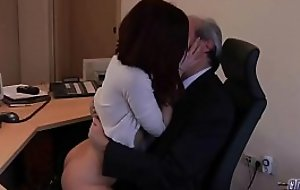 Old Young Porn My Sister Fucked The brush Boss in a difficulty office together with swallowed cum