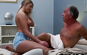 Comme ‡a Teen Fucked By Flimsy Old Man she likes getting sex blowjobs and cum
