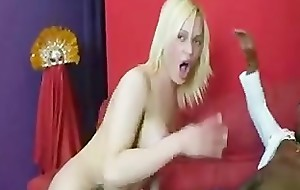 Tranny WITH Big ASS