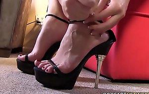 Foot Charm Sex Connected with Black Horseshit Slut Sierra Sanders