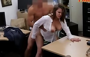 Romance lady pawns her pussy and banged
