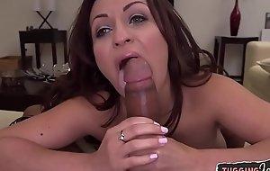 Babe businesslike tugging on amateur cock
