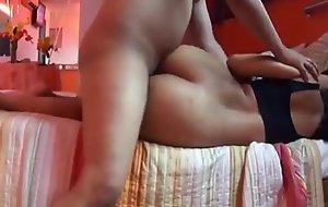 Cachando tremendo culaso de una peruana arrecha