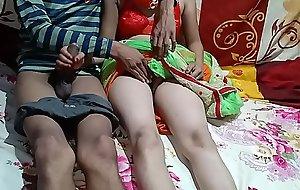 देशी भाभी ने देवर के साथ मे किया रोमान्स हिन्दी लव स्टोरी