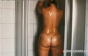 Coroa madura gostosa tomando banho - xvideoscaseiro xxx fuck movie .br