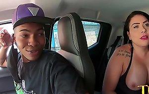 Um encontro de carro com os famosos do pornô nacional - Soraya Carioca - Manddy May - Teh Angel - Wanessa Boyer - Joao O Safado - Jhonny Gab - Alex Ferraz Ator
