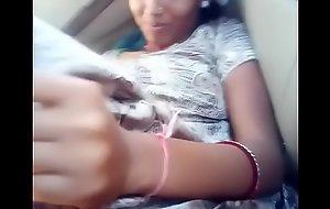 मास्टर की बेटी की कार में चुदाई मुंह में