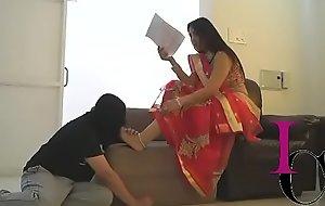 Elina IMF Toe sucking by servant
