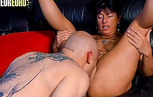 AMATEUR EURO - Mature Wife Jenny K. Gets Pussy Licked And Hard Fucked By Husband