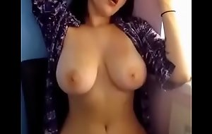 Busty White girl shake boobs on cam