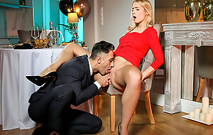After a romantic dinner bigtit stunner Sharon White presents her wet bald pussy for her lover to lick and fuck as dessert