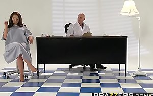 Brazzers - Teens Automatically Big - ( Samm Rosee, Johnny Sins) - Dicked by the Docto