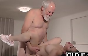 Teen Interrupts Grandpa from Yoga Added to Sucks his Cock wet and hard