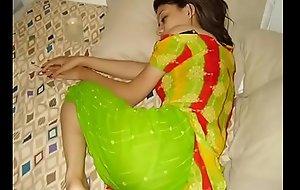 INDIAN GIRL @ PHONE GANDI BATAIN - YouTube