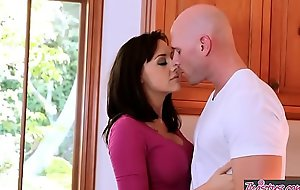 Twistys - (Johnny Sins) Chanel Preston Max cash reserves at one's fingertips My Takings Guard