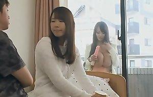 Japo Asian Seduciendo a su yerno sin q se den cuenta goo.gl/mmP1oQ