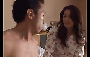 Asiatisch japanische Mutter spine den Schwanz in ihr haben