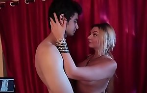 Natali Antonovich Uncensored mamma show in sex scene from Vatsyayana Kamasutra 2
