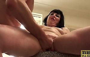 Tattooed UK sub dickriding in roughsex action