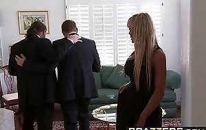 Brazzers - Real Wife Stories - Houston coupled with Keiran Lee - The Sex Games Fastening 1