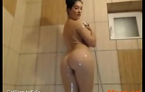Obese arse Arab chick teasing - 88cam xnxx fuck video