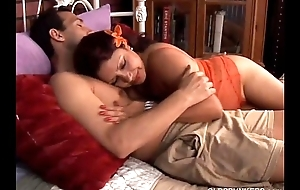 Cute together with cuddly lalin girl cougar loves to fuck